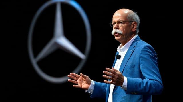 Dieter Zetsche, PDG de Daimler durant une conférence de presse le 7 mars 207 à Genêve