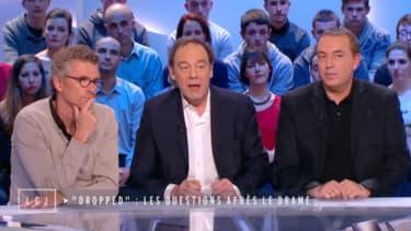 """Denis Brogniart, Jean-Marc Morandini et Xavier Couture sur le plateau du """"Grand Journal"""" de Canal+"""