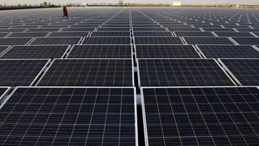 Des panneaux solaires à Huainan, en décembre 2017 en Chine