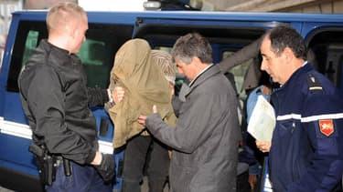 L'ancien militaire Jérémy Rimbaud, lors de son arrivée vendredi matin au tribunal de Pau.
