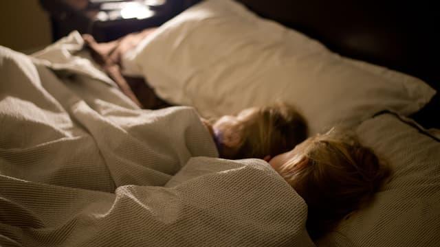 Deux enfants en train de dormir (Photo d'illustration).