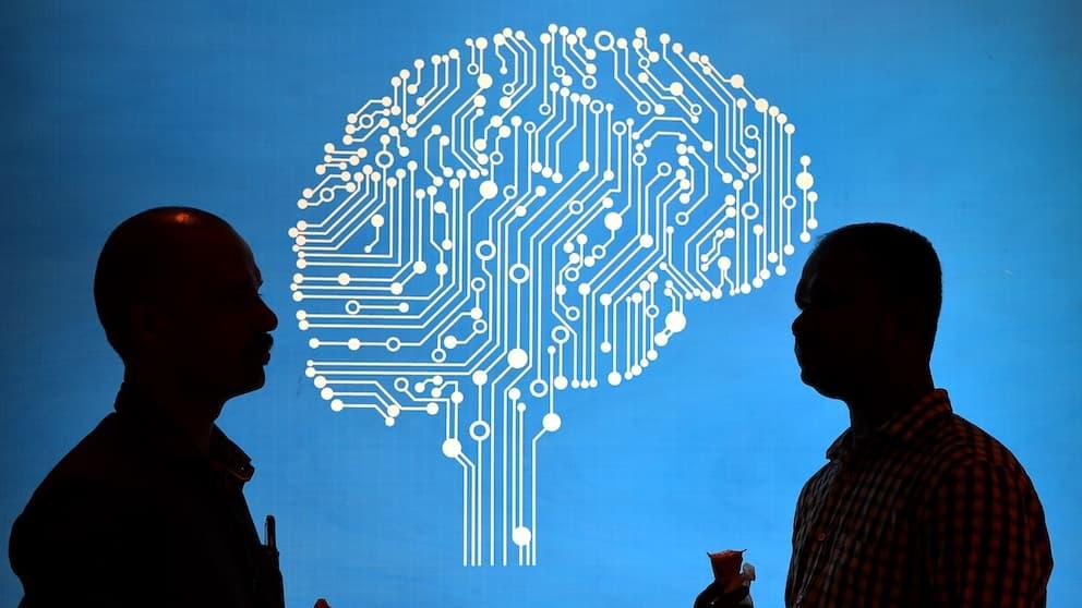 Intelligence artificielle: les Etats-Unis s'inquiètent de la puissance de la Chine - BFMTV
