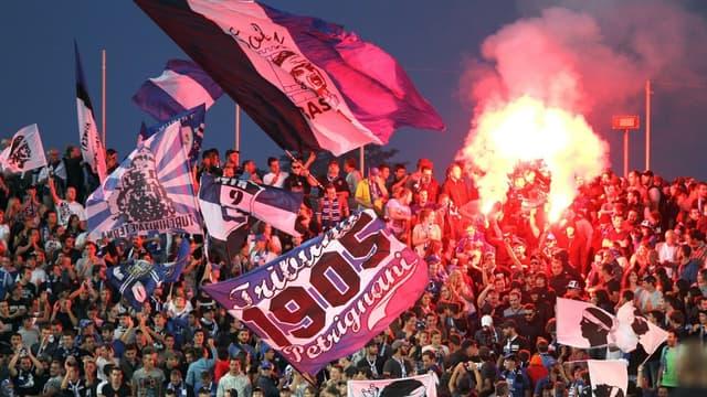 Les supporters de Bastia 1905 au stade Furiani.