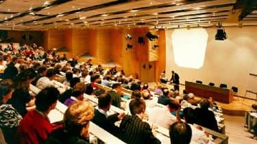 Le Premier ministre, Jean-Marc Ayrault, a ouvert les Assises nationales de l'enseignement supérieur et de la recherche