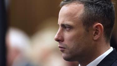 Oscar Pistorius à son procès, en Afrique du Sud, le 16 avril 2014. Il est accusé d'avoir pris des cours de théâtre pour se préparer à affronter ses juges.