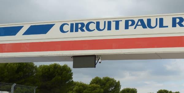 Les deux supercars sur le circuit du Castellet