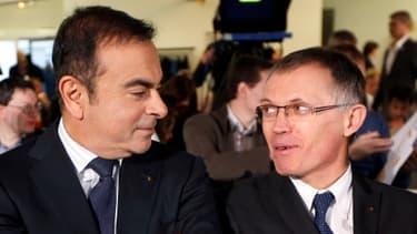 Carlos Tavares (à droite), avec Carlos Ghosn (à gauche), le président de Renault.