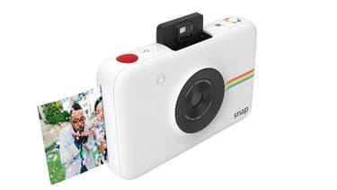 """La marque continue de miser sur des appareils photo à impression intégrée """"sans encre"""", avec ce nouveau modèle facturé autour de 100 euros."""