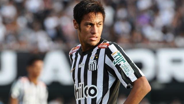 Neymar quitte Santos pour le Barça
