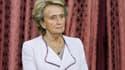 L'ex-première dame, Bernadette Chirac, répond aux soupçons concernant l'état de santé de son mari.