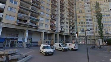 Une capture de la rue de l'Arlequin dans le quartier de la Villeneuve à Grenoble.