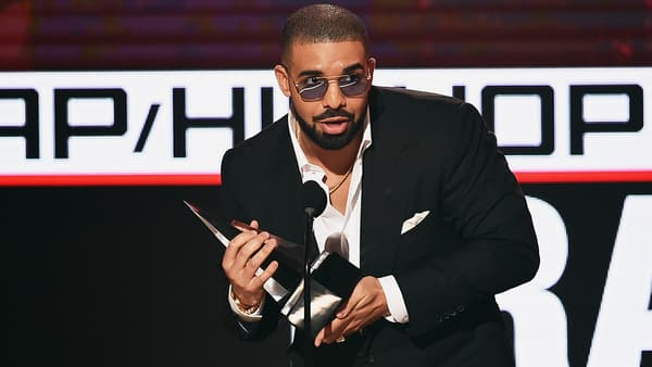 Drake en novembre 2016 lors des American Music Awards à Los Angeles - Kevin Winter