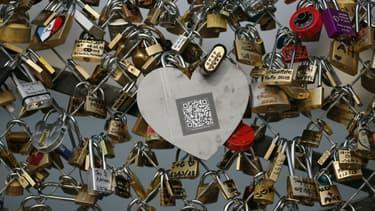 La mairie de Paris avait décidé de retirer les cadenas pour des raisons de sécurité.
