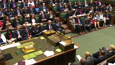 Malgré la présence de Jeremy Corbyn au premier rang de l'opposition, le Parlement britannique est en passe de porter un nouveau coup au droit de grève.