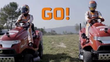 Le champion du monde 2016 de MotoGP Marc Marquez et son coéquipier Dani Pedrosa ont troqué leur moto contre des tondeuses.