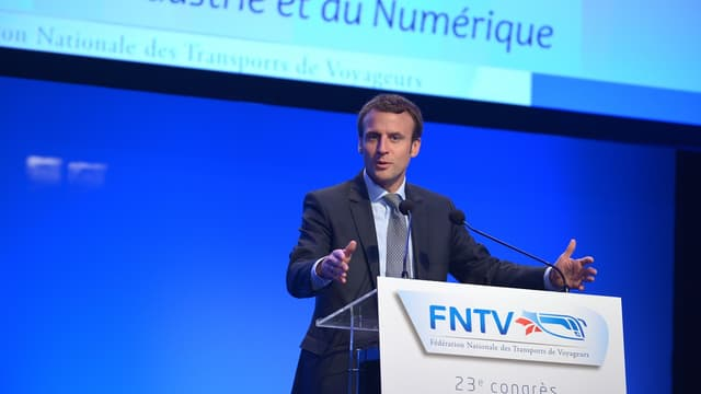 Emmanuel Macron à la Bourse du travail à Lyon le 13 octobre 2015.