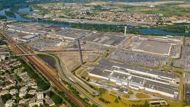 L'usine PSA de Poissy (Yvelines) a produit175 000 véhicules en 2018: des Peugeot 208 , DS 3 et DS 3 Crossback.