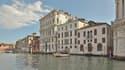 La vente de cet édifice du XVIIe siècle devrait rapporter quelque 10 millions d'euros à l'acteur.