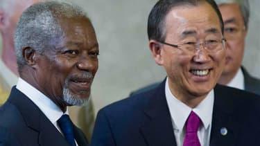 Les Etats membres du groupe d'action sur la Syrie, réunis samedi à Genève, se sont mis d'accord sur les principes d'un processus de transition politique dirigé par les Syriens, a annoncé l'émissaire international Kofi Annan (ici aux côtés du secrétaire gé