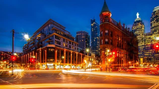 L'éclairage urbain représenterait jusqu'à 40% de la facture énergétique d'une ville.