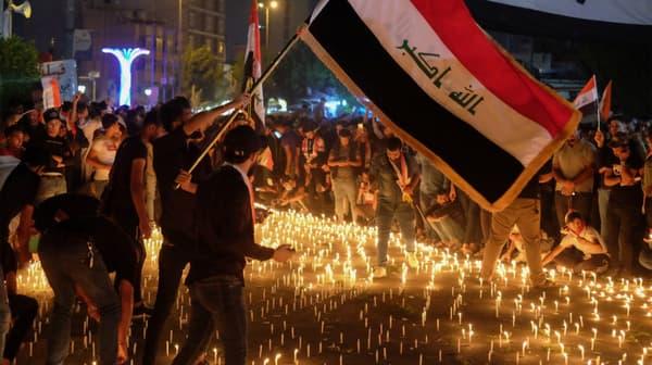 Cérémonie organisée en hommage aux manifestants tués par les forces de l'ordre à Kerbala en Irak, le 1er novembre 2019