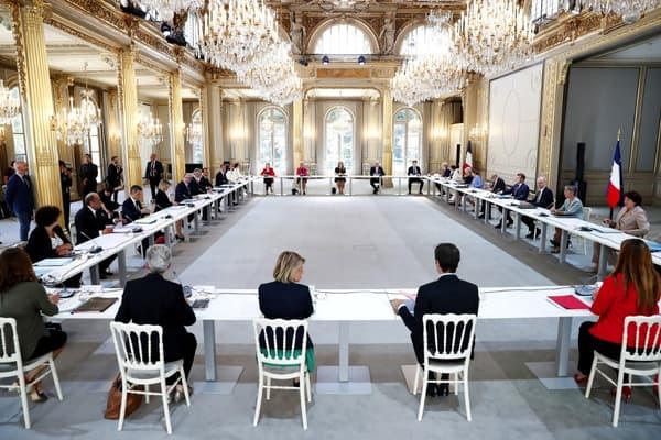Le premier conseil des ministre du gouvernement Castex à l'Elysée.