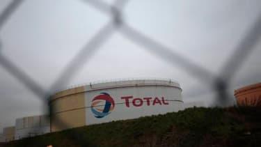 Le site de Gonfrevile-l'Orcher, une des cinq raffineries que Total possède en France.