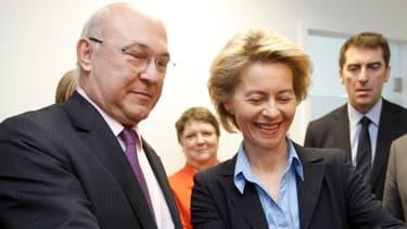 Ursula Von der Leyen (à droite) et Michel Sapin (à gauche), lors de leur dernière rencontre officielle à Kehl (Allemagne) fin févirer.