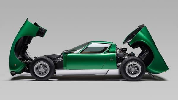 Le modèle avait été exposé, non pas sur le stand Lamborghini, mais sur celui de Bertone, car la Countach lui avait été préférée.