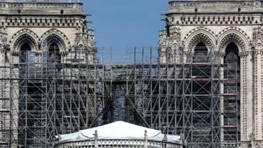 La cathédrale Notre-Dame de Paris, là où se dressait auparavant sa flèche.