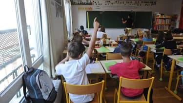 """Les maires demandent au gouvernement des """"mesures"""" pour que la rentrée scolaire se déroule dans de """"bonnes conditions"""""""