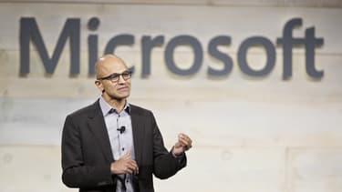 Depuis son arrivée à la tête de Microsoft, début 2014, Satya Nadella a fait du cloud et du mobile, où Microsoft s'est laissé distancer par ses rivaux Amazon et Salesforce (pour le cloud), Apple et Google (pour le mobile), ses deux priorités