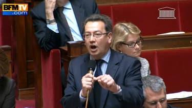Le député UMP Philippe Cochet, ce jeudi à l'Assemblée nationale, a accusé Christiane Taubira et l'exécutif « d'assassiner des enfants » en autorisant l'adoption pour les couples homosexuels.
