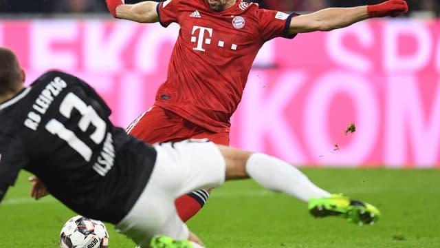 """Franck Ribéry vit """"probablement"""" sa dernière saison au Bayern Munich selon son directeur sportif."""