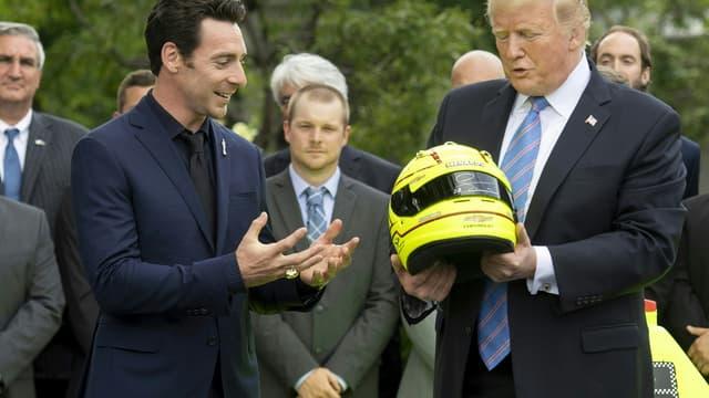 Donald Trump félicite le pilote français Simon Pagenaud, le 10 juin 2019 à la Maison Blanche