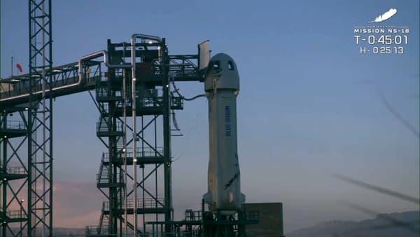The rocket awaiting take-off