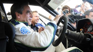 L'ancien Premier ministre François Fillon lors d'une séance d'essais en 2012, sur le circuit du Mans dans la Sarthe.