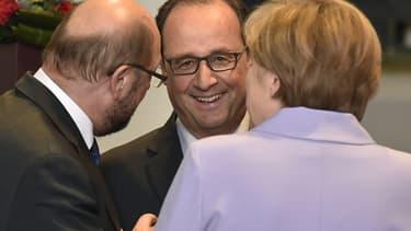 François Hollande et Angela Merkel espèrent un accord pour samedi.