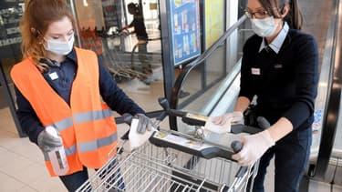 Les courses alimentaires sont l'un des quatre motifs de déplacements autorisés en Autriche.