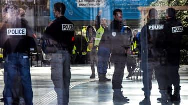 8.000 agents des forces de l'ordre sont mobilisés à Paris ce samedi.