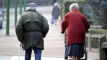 La journée de solidarité doit permettre à mieux prendre en charge les personnes âgées.