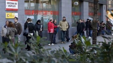 L'Espagne compte désormais 3,46 millions de chômeurs.