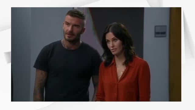 "David Beckham et Courteney Cox dans ""Modern Family"""