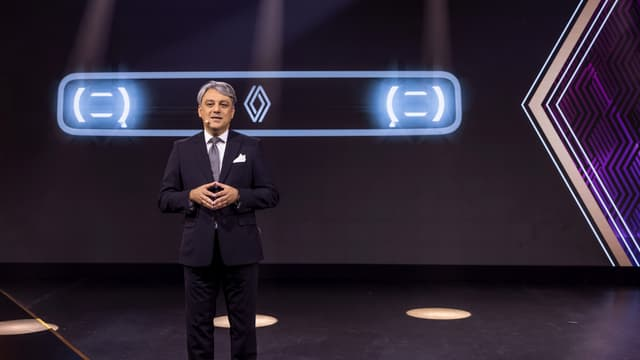 """Luca De Meo a évoqué le retour d'un modèle iconique, sous le nom de code """"4ever"""", qui serait une réinterprétation de la 4L."""