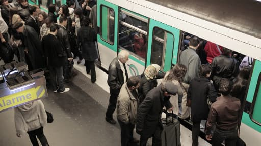 Le métro parisien, un jour de grève, en octobre 2010.