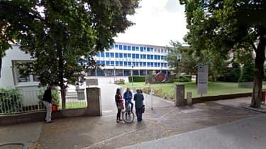 Le lycée Eugène Koeberlé à Sélestat, où s'est produit jeudi une explosion accidentelle.
