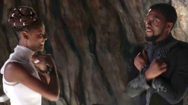 """Letitia Wright et Chadwick Boseman dans """"Black Panther"""""""