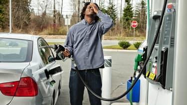 Se tromper de carburant pour sa voiture... mieux vaut s'en rendre compte avant d'avoir redémarrer le moteur.