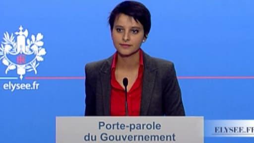 Najat Vallaud Belkacem, répondant aux questions des journalistes le 28 novembre 2012.
