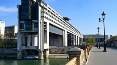 Vue du bâtiment du ministère des finances dans le quartier de Bercy à Paris, le 8 avril 2020